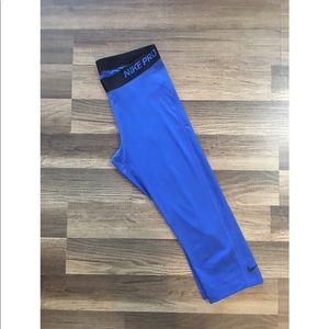 Nike pro dri-fit royal blue capris size large